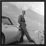 James Bond: Aston Martin Framed Canvas Print