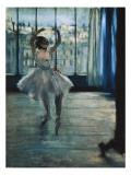 Dancer at the Photographer's Studio Poster von Edgar Degas