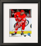 Nicklas Lidstrom Framed Photographic Print