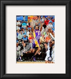 Trevor Ariza - '09 Finals Framed Photographic Print