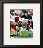 Anthony Munoz - In three point stance Framed Photographic Print