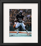 Walter Payton - Running with ball Framed Photographic Print