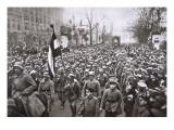 Return of the Guard from the War, December 1918, from 'Deutsche Gedenkhalle: Das Neue Deutschland' Giclee Print by  German photographer
