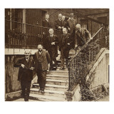 Government in Crisis: Forming a National Cabinet as Requested by King George V Giclee Print by  English Photographer