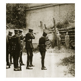 Execution of the Pro Brothers, Mexico City, 23rd November 1927 Giclee Print by Ewing Galloway