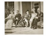 Hyde Park, New York. from Left: Mrs Roosevelt, King George Vi, Mrs James Roosevelt Reproduction giclée Premium