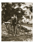 D.W.C. Arnold, a Private in the Union Army, Near Harper's Ferry, Virginia, 1861 Lámina giclée por Mathew Brady