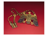 Necklace with Vulture Pendant, from the Tomb of Tutankhamun Giclee Print by  Egyptian 18th Dynasty