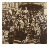 Victory Celebrations under Eros, Piccadilly, London, 1919 Giclee Print by  English Photographer