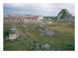El Castillo and the Nunnery Giclee Print by Mayan