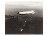 USS Macon over the Golden Gate and Pacific Fleet, 1934 Wallsticker af Clyde Sunderland