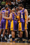 Los Angeles Lakers v San Antonio Spurs, San Antonio, TX - March 6: Kobe Bryant, Ron Artest and Pau  Photographic Print by Andrew Bernstein