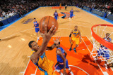 New Orleans Hornets v New York Knicks, New York, NY - March 2: Trevor Ariza and Shawne Williams Photographic Print by David Dow