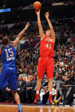 2011 NBA All Star Game, Los Angeles, CA - February 20: Dirk Nowitzki and Al Horford Photographic Print by Noah Graham