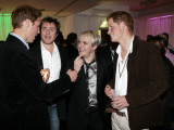 Prince Harry and Prince William with 80s pop band Duran Duran Fotografisk tryk