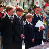 Princess Diana's Funeral coffin leaves Westminster Abbey with Prince Charles Prince Harry Prince Wi Fotografisk tryk