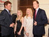 Princes William and Harry honour a childhood friend who died as a teenager by becoming patrons of a Fotografisk tryk