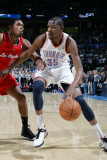 Los Angeles Clippers v Oklahoma City Thunder, Oklahoma City, OK - February 22: Kevin Durant and Rya Photographic Print by Layne Murdoch