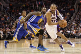 Golden State Warriors v Phoenix Suns, Phoenix, AZ - February 10: Grant Hill and Dorell Wright Photographic Print by Christian Petersen