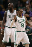 Phoenix Suns v Boston Celtics, Boston, MA - March 02: Rajon Rondo and Kevin Garnett Photographic Print by Elsa