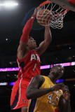 Atlanta Hawks v Los Angeles Lakers, Los Angeles, CA - February 22: Maurice Evans and Derrick Caract Photographie par Jeff Gross