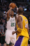 Los Angeles Lakers v Boston Celtics, Boston, MA - February 10: Ray Allen and Kobe Bryant Photographic Print by Elsa