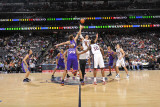 Phoenix Suns v New Jersey Nets, Newark, NJ - February 28: Brook Lopez and Robin Lopez Photographic Print by David Dow