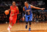 2011 NBA All Star Game, Los Angeles, CA - February 20: Chris Paul and Rajon Rando Fotografisk tryk af Noah Graham