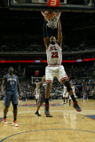 Chicago Bulls v Charlotte Bobcats, Charlotte, NC - March 9: Taj Gibson Photographic Print by Kent Smith