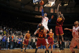Cleveland Cavaliers  v New York Knicks, New York - March 4: Carmelo Anthony and Samardo Samuels Photographic Print by Lou Capozzola