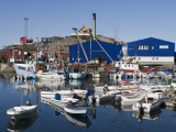 Fishing Boats and Royal Greenland Seafood Factory Stampa fotografica di Holger Leue