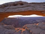 Mesa Arch at Sunrise Fotografisk tryk af John Elk III