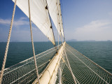 Bowsprit of Star Clipper Cruiseship Star Flyer Stampa fotografica di Holger Leue