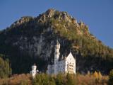 Schloss Neuschwanstein (Neuschwanstein Castle), Near Town of Fussen Fotografie-Druck von Glenn Van Der Knijff