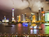 Pudong Skyline at Night, Seen from M on the Bund Restaurant Fotografisk tryk af Greg Elms