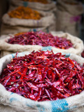 Dried Red Chillies at Spice Market Fotodruck von Huw Jones