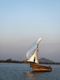 Dhow on Lake Malawi, Cape Maclear Fotodruck von Ariadne Van Zandbergen