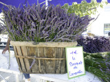 Lavender for Sale at 1 Euro a Bunch, at the Twice Weekly Famrer's Market in Coustellet Fotografie-Druck von Barbara Van Zanten