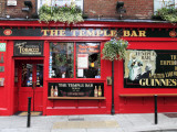 The Temple Bar Pub in Temple Bar Area Lámina fotográfica por Eoin Clarke