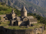 Tatev Monastery on Edge of Vorotan Canyon Reproduction photographique par Mark Daffey