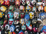 Mexican Wrestling Masks for Sale on South Vanness Avenue and 24th Street Fotografie-Druck von Sabrina Dalbesio