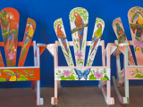 Decorative Chairs Photographie par Richard Cummins