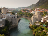 Stari Most or Old Bridge over Neretva River Fotografie-Druck von Richard l'Anson