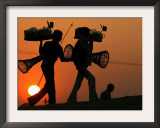 Indian Vendors Return Home after Selling Snacks at Sangam in Allahabad, India Framed Photographic Print