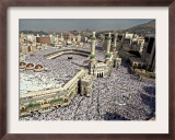 Hundreds of Thousands of Pilgrims Perform Friday Prayers at the Great Mosque in Mecca, Saudi Arabia Framed Photographic Print