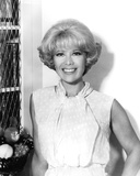 Dinah Shore - The Dinah Shore Chevy Show Photo