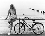Emily Lloyd - Wish You Were Here Photo