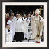 Pope Benedict XVI Acknowledges the Crowd as He Arrives for a Mass Framed Photographic Print