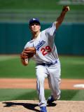 Los Angeles Dodgers v Kansas City Royals, SURPRISE, AZ - MARCH 12: Ted Lilly Photographic Print by Kevork Djansezian