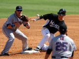 New York Mets v Florida Marlins, JUPITER, FL - MARCH 04: Chris Coghlan and Justin Turner Photographie par Marc Serota